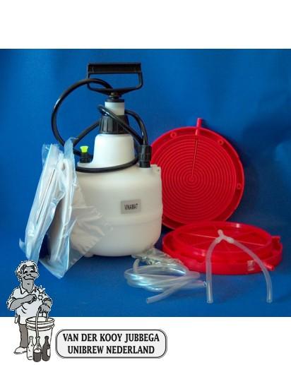 Hogedrukfiltreer apparaat met pomp en drie paar filters